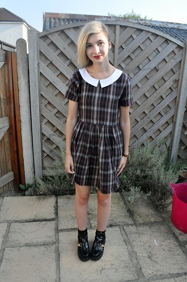 Cara E - River Island Tartan Dress - SAVED BY THE BELL
