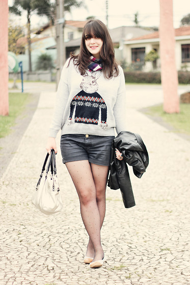 Melina Souza - Renner Scarf, Sheinside Jumper, Kipling Bag, Fiat Fashion Jacket, C&A Shorts, Tutu Flats - Cult Rabbit