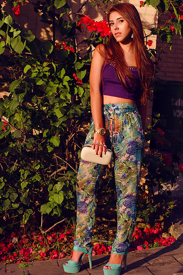 María Antonella Vivas - Forever 21 Studded Bustier, Bershka Tropical Print Pants, Swatch Gold Watch, Aldo Clutch, Total Calzado Mint Heels - Tropical for September