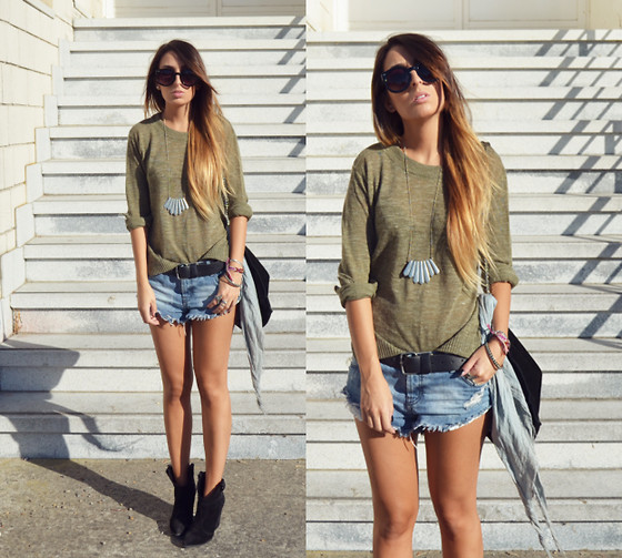 L A - The 2 Bandits Necklace, One Teaspoon Shorts - SUPER CASUAL SATURDAY
