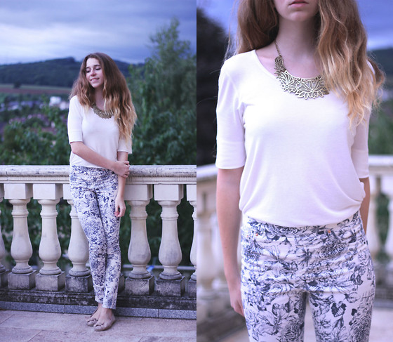 Francesca S - H&M Necklace, H&M Top, H&M Pants, Mango Flats - Leaving footprints on the clouds