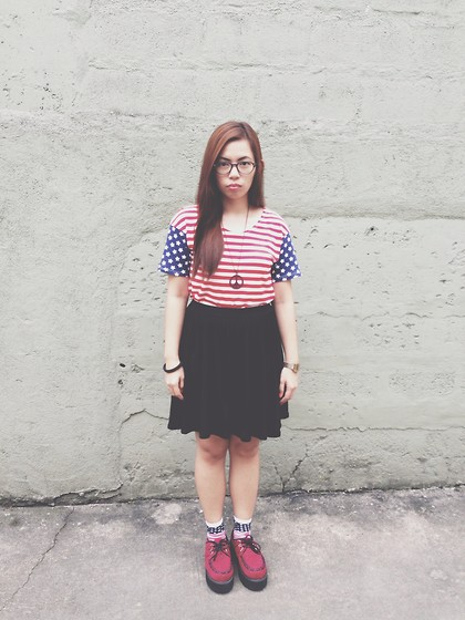 Maria Inah Requerme - Awesomefindsss Usa Top, Black Skirt, Cotton On Usa Socks, Awesomefindsss Maroon Creepers - TEAM USA