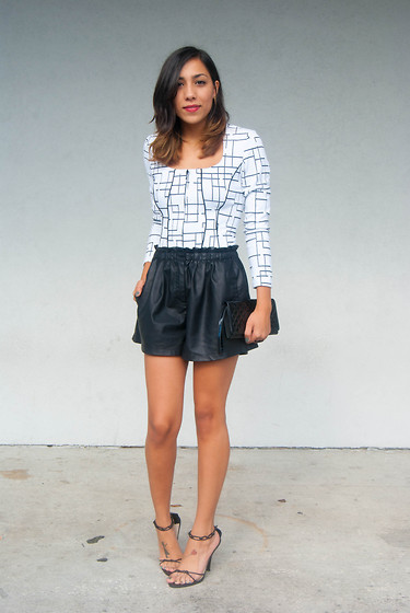 Lisa Gonzalez - Zara Leather Shorts - Monochrome