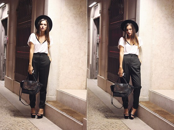 Mafalda Castro - Zara Pants, H&M Fedora - Lisbon Fashion Week - Day 1