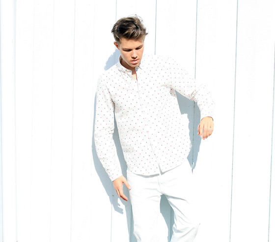 Andreas Wijk -  - White