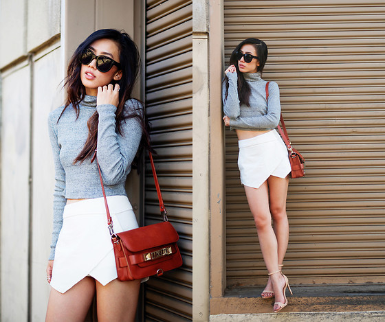 Jenny Ong - Proenza Schouler Ps11 Mini, Céline Audrey Sunglasses - Neutral space