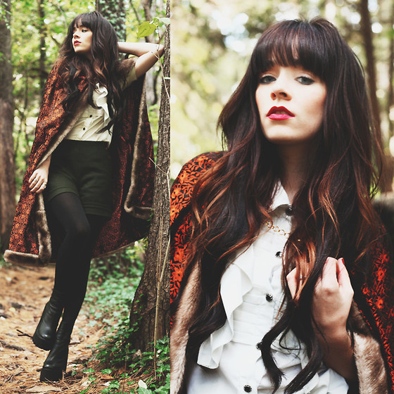 Rachel-Marie Iwanyszyn - Vintage Cape, Jeffrey Campbell Heels - THE TREES AND THE WILD.