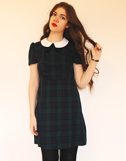Lois H - Primark Dress, American Apparel Watch - Walking Backwards ♡