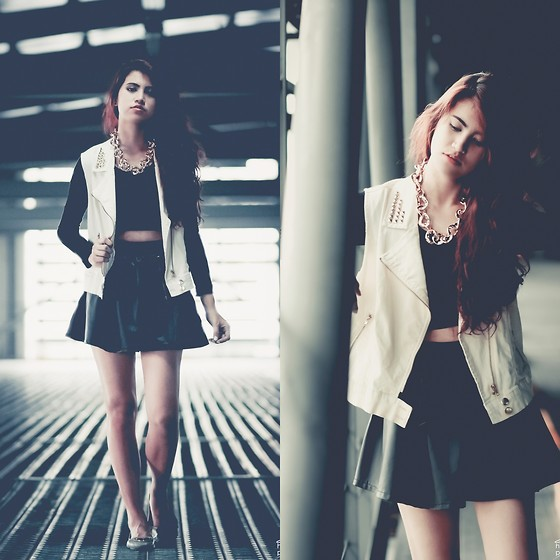 Jennica Sanchez - Forever 21 Studded Vest, Forever 21 Leather Skirt, Classic Apparel Gold Chain, Trunk Walk Ph Cropped Top - Keepin it edgy