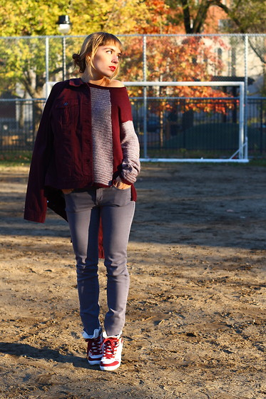 Astrid Sp4nk Blog -  - Sneakers & Burgundy