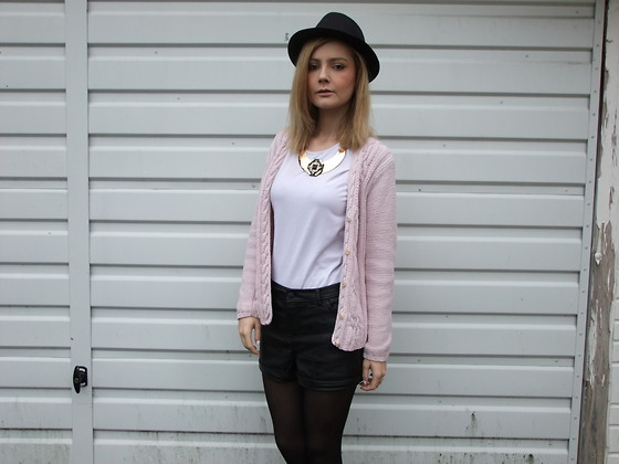 Courtney Melville - Peacocks Hat, New Look Necklace, Miss Selfridge Top, Vintage Cardigan, New Look Shorts - Hold on