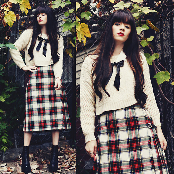 Rachel-Marie Iwanyszyn - Frontrowshop Sweater, Vintage Skirt, Jeffrey Campbell Boots - THE ONE YOU REALLY LOVE.