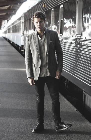 Andreas Wijk -  - Train.