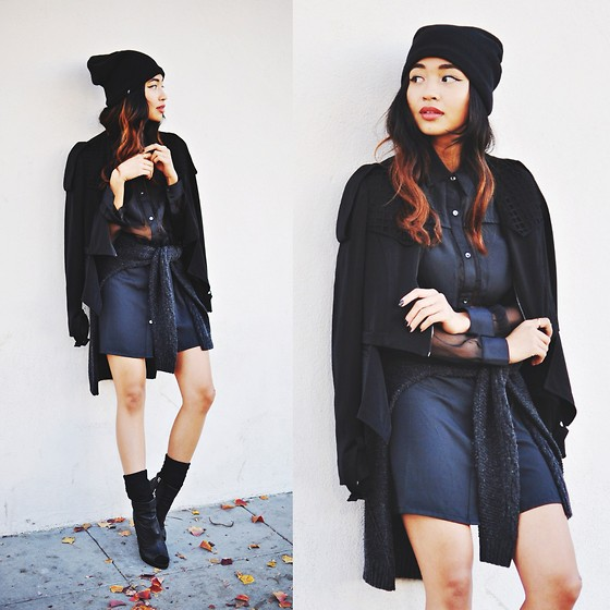Heliely Bermudez - Stylestalker One On One Dress, Funktional Cut Out Jacket, Plush Barca Slouchy Hat - Comfy LBD