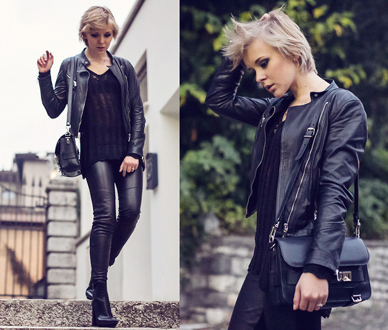 Darya Kamalova -  - TOTAL BLACK: THECABLOOK FOR AS by DF OUTFIT VIDEO