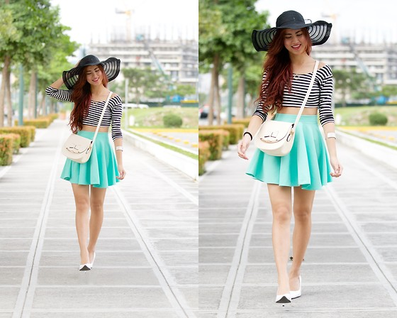Jennica Sanchez - Slt Mint Skirt, Primadonna Pointed Shoes - Go for a walk