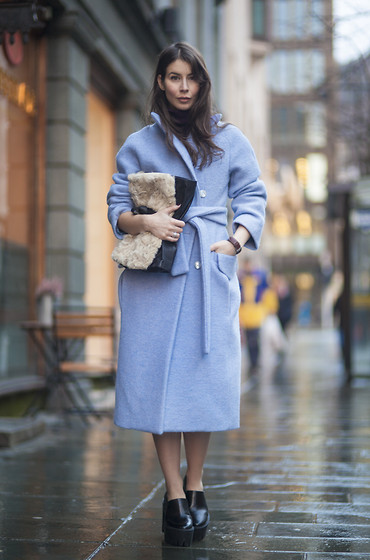 Irina Lakicevic -  - BLUE COAT