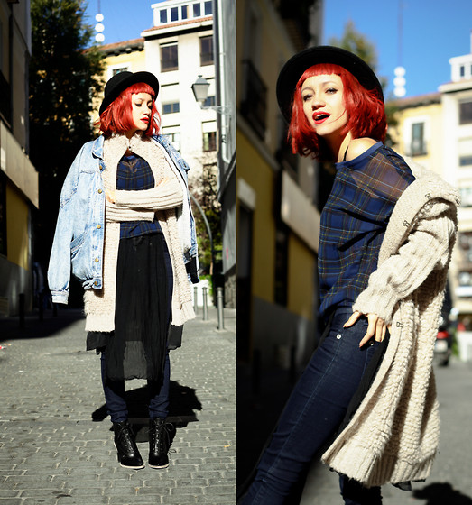 AMINTA ONLINE - Shana Blouse, Guess? Jeans, Indi And Cold Jacket, Asos Boots - Redhead