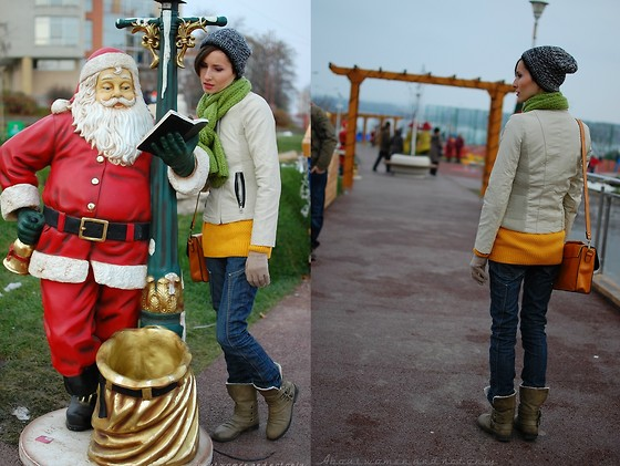 Mihaela Pojogu - Choies Beige Biker Leather Jacket, Foymall Yellow Sweater - Christmasy