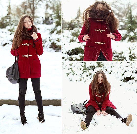 Viktoria Vasilenko - Topshop Coat, Topshop Jeans, Zara Bag - Red Hot Chili Peppers – Snow