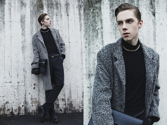 Mikko Puttonen - Jacket, Zara Bag, H&M Trousers - Our minds are troubled by the emptiness