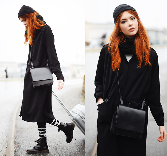 Ebba Zingmark - Frontrowshop Coat, Frontrowshop Socks, I Love Shoes Boots, Knitted By Me :) Scarf - At the Airport