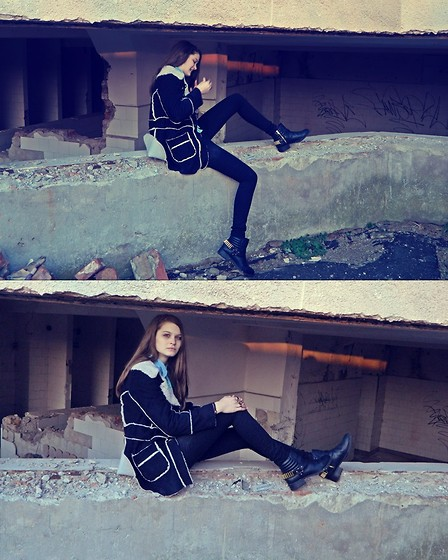 Ligia ▲ - Forever 21 Coat, H&M Boots - Beautiful War