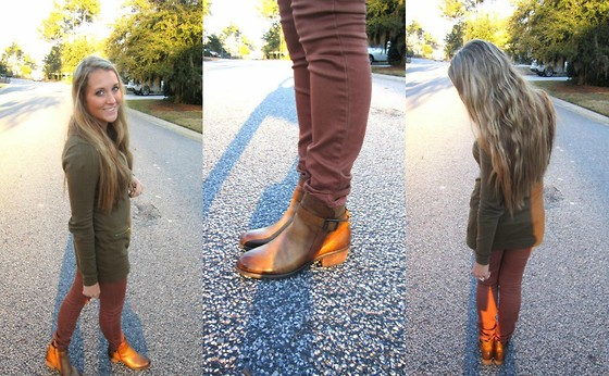 Jennifer Therese - Bullhead Denim, Vince Camuto Beamer Boot, Michael Kors Tunic - Distressed and Rustic.