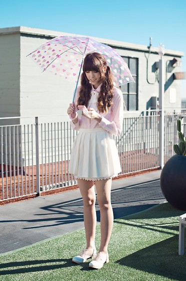 Zoë Harvey - Teen Ever Pink Blouse, Zozo (I Made It) Cream Pleated Skirt, Deandri White Oxfords, Born Pretty Store Pink Iphone Case, Daiso Umbrella, The Loved One White Tie - パラダイスキス~* (Paradise Kiss) ♡