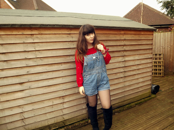 Carmen Ri - Bershka Red Cut Out Jumper, Vintage Dungarees, Primark Over The Knee Boots - Super Mario