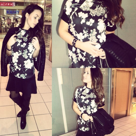 Style by JH - Zara Tshirt - Black and white flowers