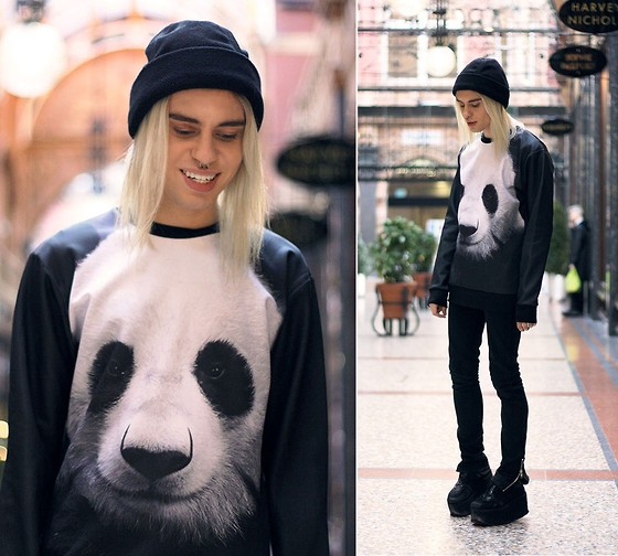 Milex X - Oasap Panda Sweatshirt, H&M Black Pants, Asos Black Creepers - Too late to trade it all for that one last chance.