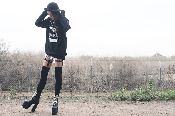 Linabugz . - Dazey Clothing Wanna Play With Magic Crewneck, Crossbone Garters, Unif Salem, Topshop Bowler Hat - Wanna Play With Magic?