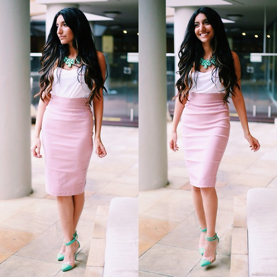 Shay Mirza -  - Pretty in Pastels