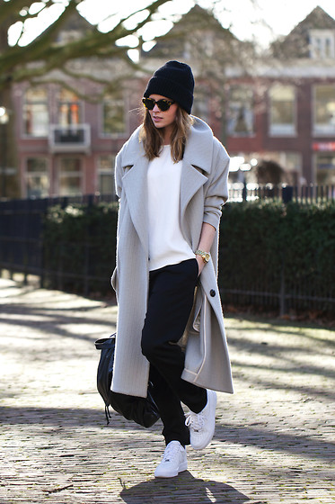 Christine R. - Karen Walker Sunglasses, Topshop Coat, H&M Trousers, Nike Air Force 1 Sneakers - Air Force 1