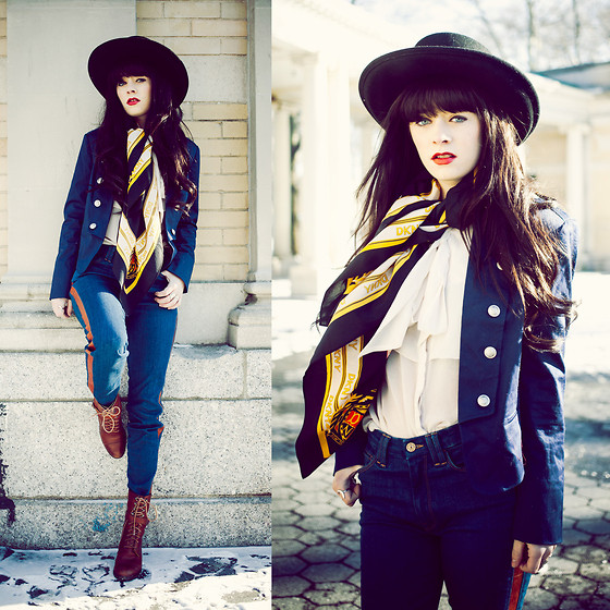 Rachel-Marie Iwanyszyn - Forever 21 Blazer, 7 For All Mankind Pants, Dkny Scarf - MILITARY.