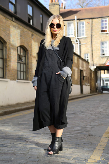 Isabella Thordsen - Mykita, Monki, Vintage Dungaree, Asos - Spring feeling in london