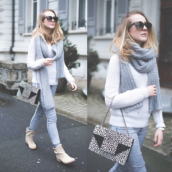 TIPHAINE MARIE - & Other Stories Scarf, Sandro Sweater, Saint Laurent Bag, Salsa Boots - The coziest scarf ever made