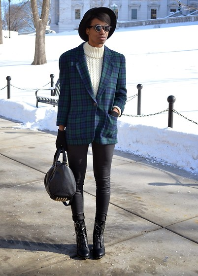 Sushanna M. - Vintage Fisherman's Sweater, Pendleton Vintage Blazer, Tobi Wax Skinny Jeans - The Perfect Pendleton