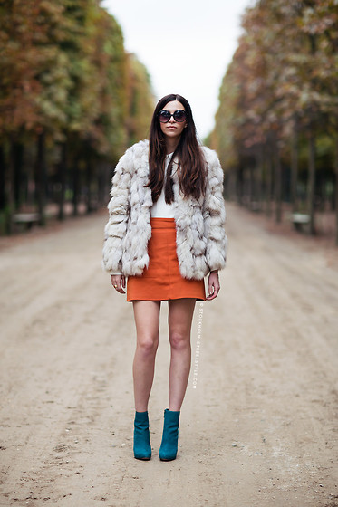 Emily Lane - Vintage White And Brown Fur Coar, Theory White Collared Silk Top, Zara Orange A Line Mini Skirt, Boutique 9 Turquoise High Heel Ankle Boot - Tuileries