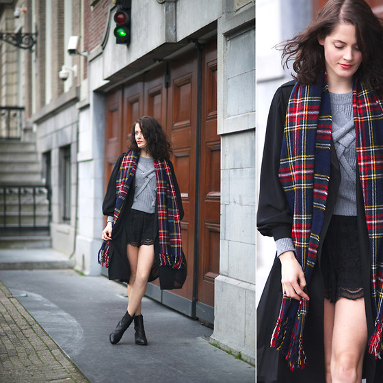 Renée Sturme - Sheinside Cable Sweater, Topshop Lace Shorts, Alexander Wang Anouck Ankle Boots, Frontrowshop Plaid Scarf, Monki Trench Coat - Transitional