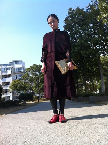 Queena Zhou -  - Today look
