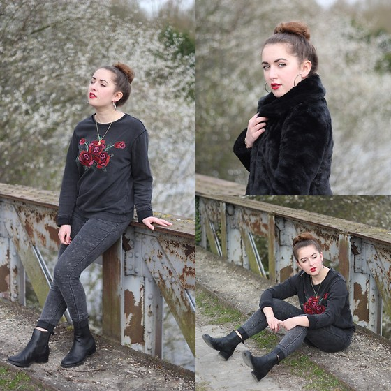 Axelle et ses caprices - Pimkie Embroidered Sweat, Zara Grey Faded Pants, Asos Chelsea Boots, New Look Black Faux Fur - Urban Chic