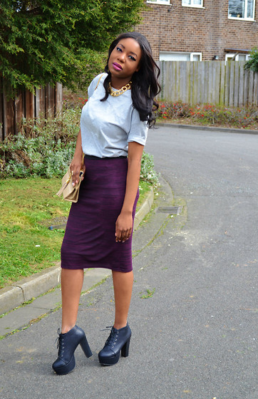 Laura C - Primark Pencil Skirt, Primark T Shirt - Boyfriend T-shirt // StylishVue