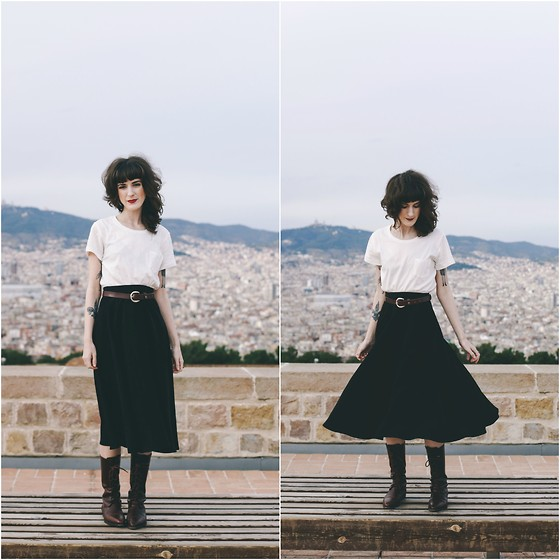 Kiana Mc - American Apparel Skirt, Vintage Boots - Barcelona from above