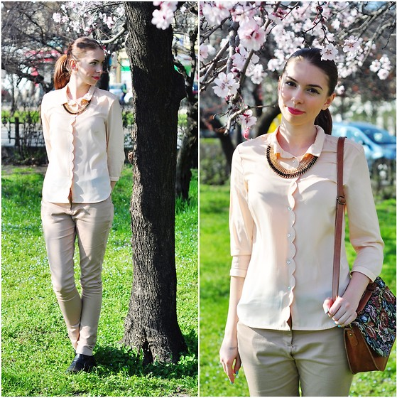Ana B - H&M Blouse, H&M Necklace, Stradivarius Pants - Nice spring day!