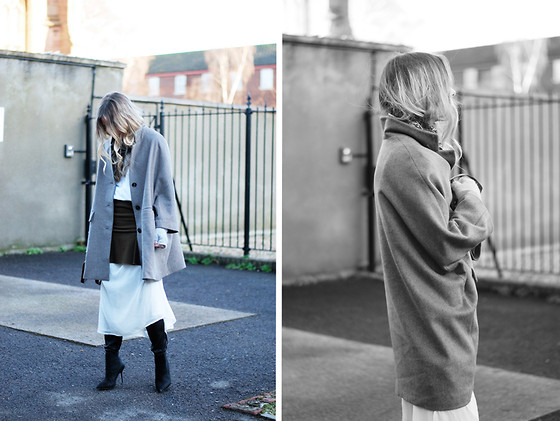 Daniella Robins - Labase (Via W Concept) Coat - How I'm Styling The Maxi & Mini