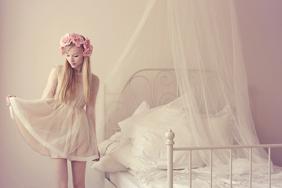 Joana ♡ - Chic Wish Dress, H&M Flowers - Stop saying I can't...