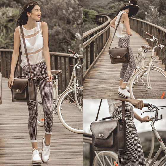 Elle-May Leckenby - Lekker Bicycle, Brown Leather Satchel, Stretch Check Blue And White Pants - Somewhere only we know
