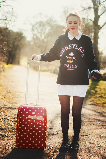 Sofia Holmberg -  - Well, I'm off to Paris!